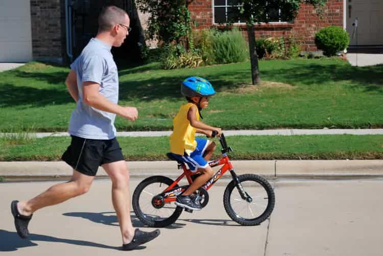 Тема: как научить ребенка кататься на велосипеде