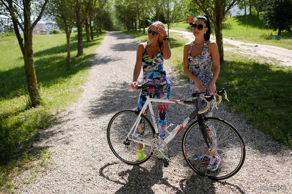 Как выбирать спортивные наушники велосипедисту: 12 советов