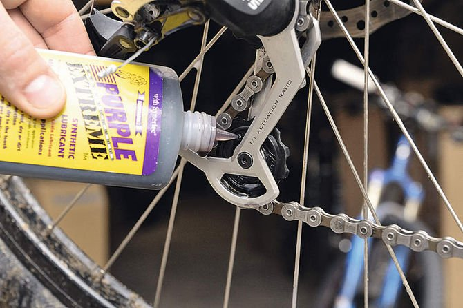 Как обслужить и чем смазать цепь велосипеда и другие основные узлы?