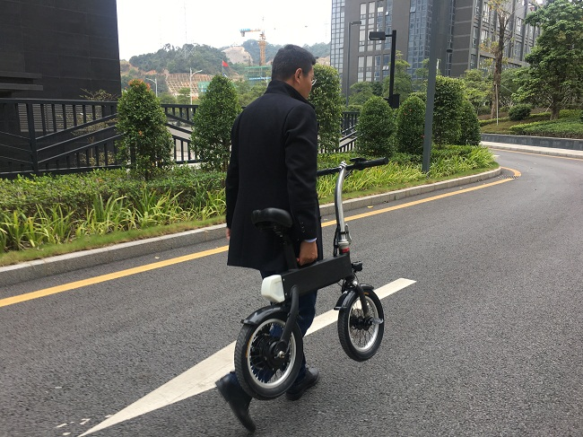 Как устроен складной мини-велосипед (а-bike)