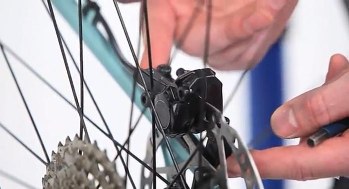 Как отрегулировать тормоза на велосипеде, пошаговое руководство