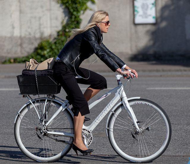 Как правильно выбрать велосипед для девушки