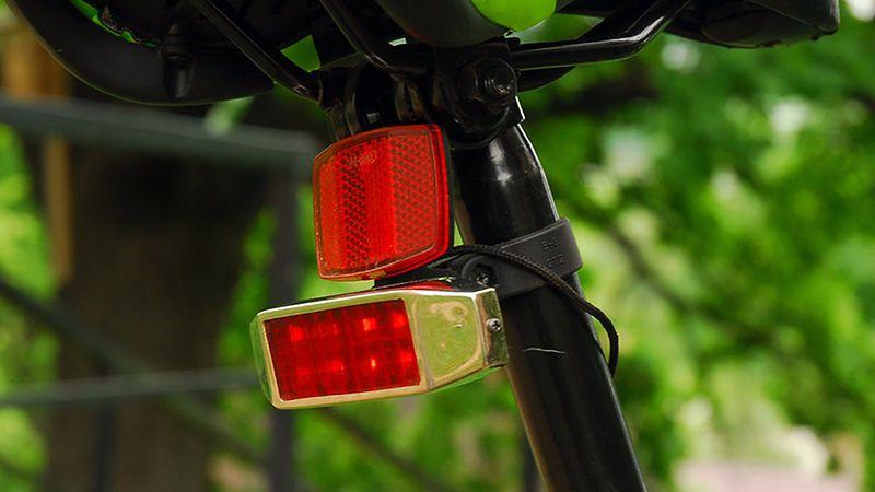 Самодельный задний стоп-сигнал для велосипеда – как сделать велосипедный фонарь под седлом