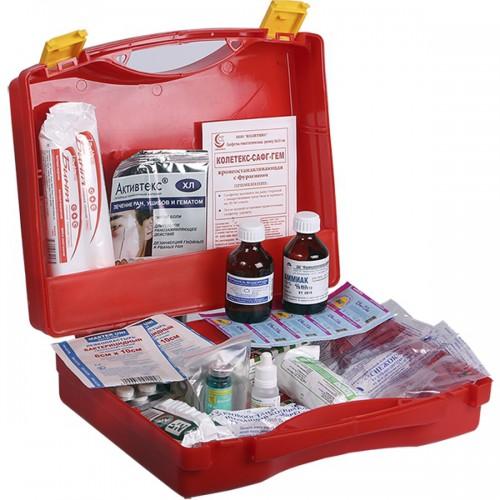 Аптечка туриста, список лекарств на море и в дорогу