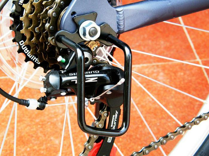 Задний переключатель скоростей велосипеда