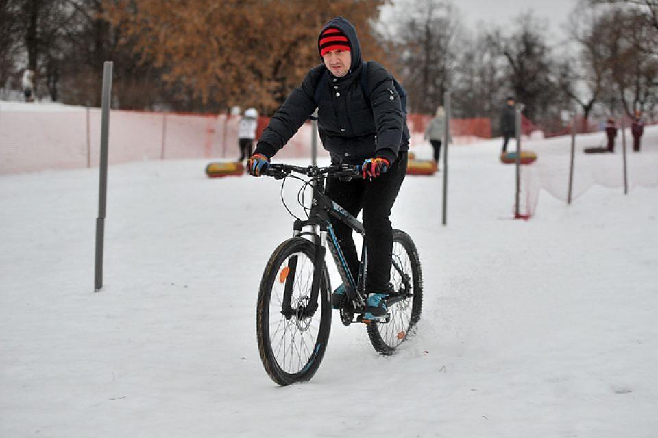 Как кататься на велосипеде зимой