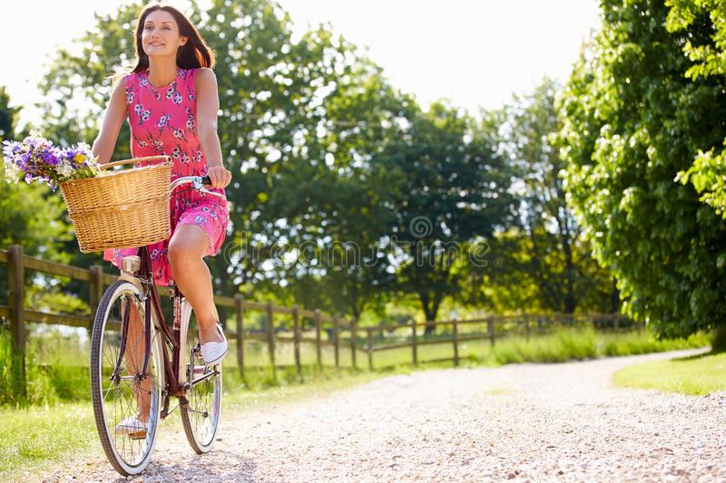 Как правильно кататься на велосипеде, если вам за 60