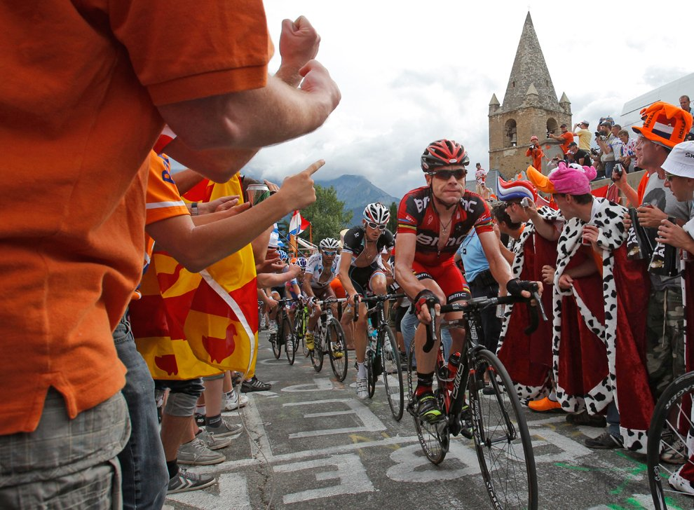 Триумф томаса, 9-е место закарина и рекорд сагана: чем завершилась 105-я велогонка «тур де франс» — рт на русском