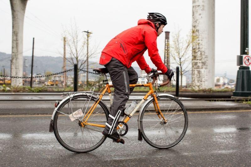 Что надевать при катании на велосипеде в дождь
