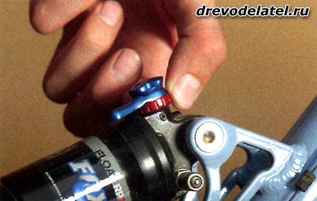Как отремонтировать переднюю вилку горного велосипеда