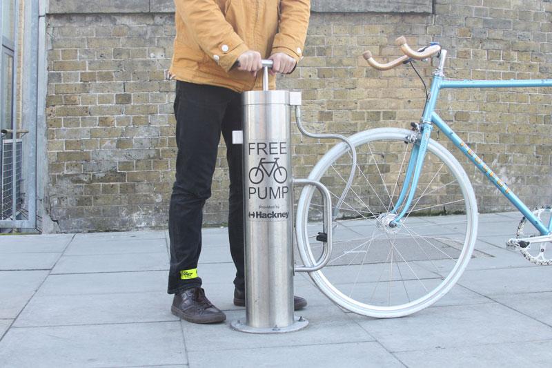 Насос для велосипеда: с манометром, ручной, ножной, электрический, где купить, цена