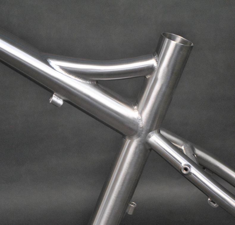Титановые компоненты велосипеда