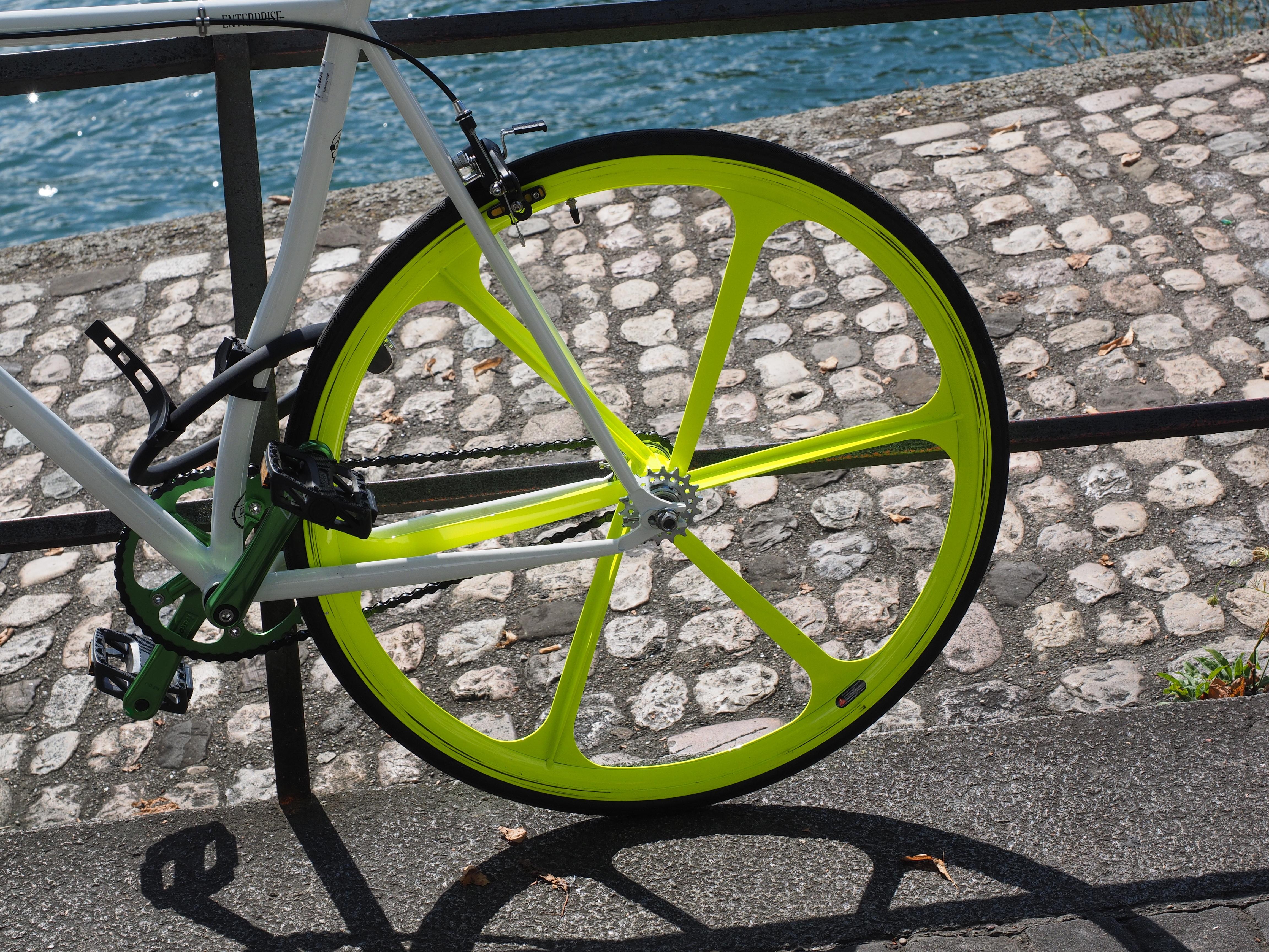 Спицы для велосипеды. как устроены велосипеды без спиц