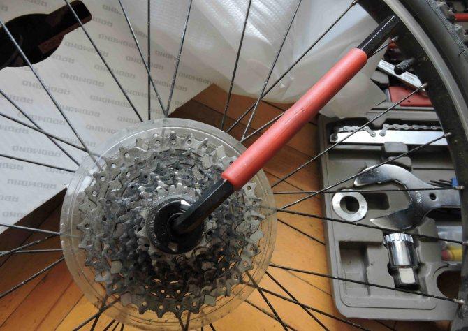 Ремонт колеса велосипеда - варианты проблем и их исправления