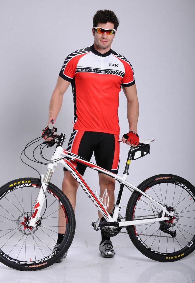 Защитная экипировка велосипедиста. из чего состоит и как выбрать