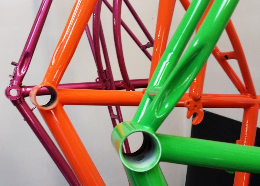 Как покрасить велик круто? покраска велосипеда баллончиком в домашних условиях, видео