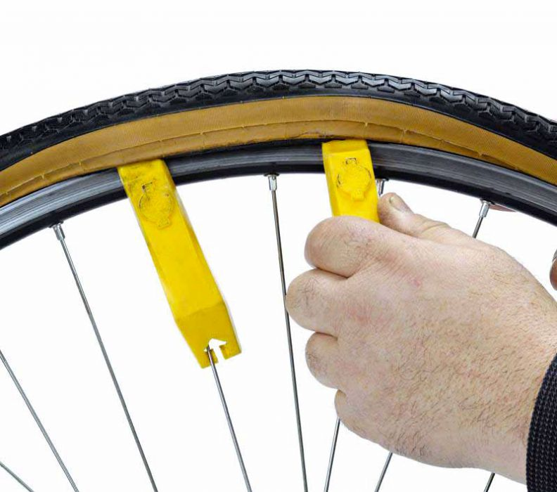 Как избежать проколов на велосипеде: 8 советов