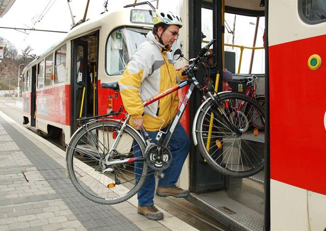 Лучший способ перевозки велосипеда легковым автомобилем