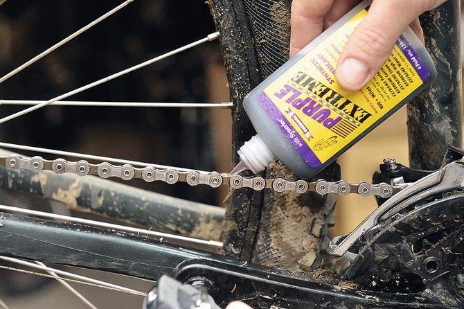 Смазка для цепи велосипеда: типы, рекомендации по выбору и правила использования
