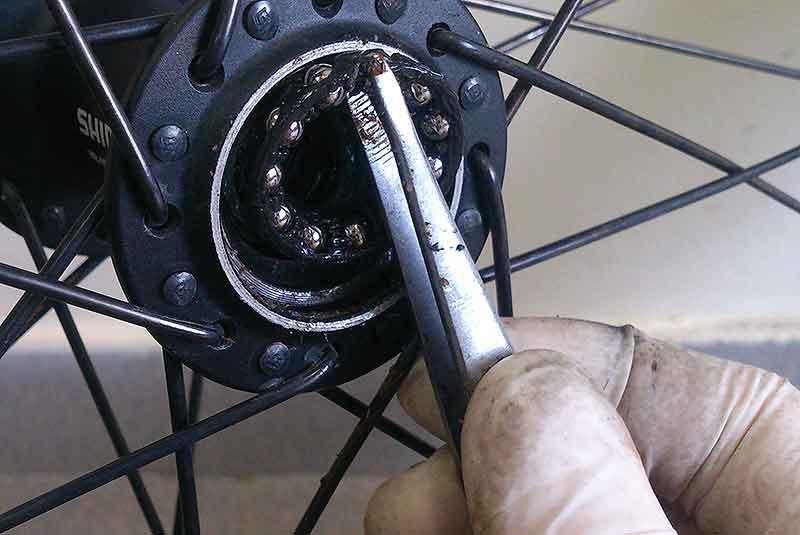 Устройство и установка переднего колеса на велосипед