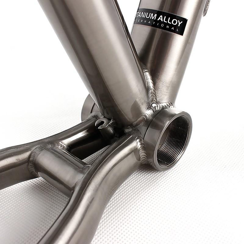 Сталь, карбон, алюминий или титан: какой шоссейный велосипед выбрать