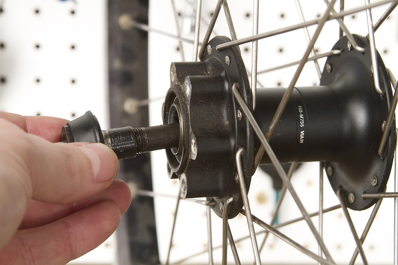 Как павильно и быстро снять кассету с заднего колеса велосипеда