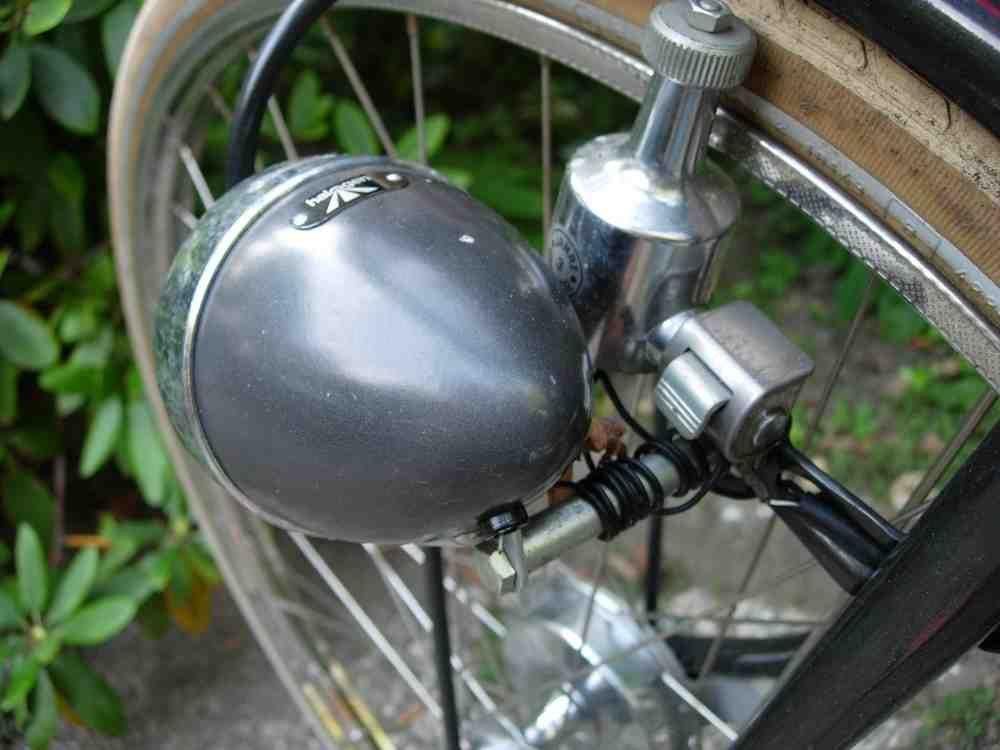 Электрические характеристики велосипедных бутылочных динамо-машин