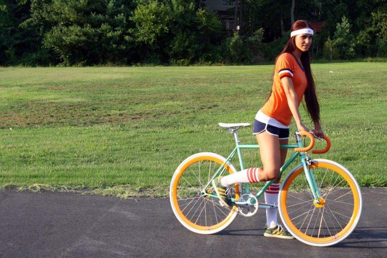 Чем полезна езда на велосипеде для мужчин?