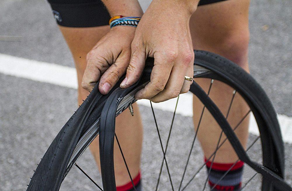 Как поменять покрышку на велосипеде? | ремонт и уход | veloprofy.com