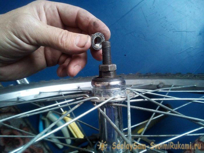 Самостоятельная замена спицы в велосипедном колесе