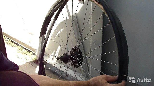 Как заклеить заплатку на камеру велосипеда без снятия колеса