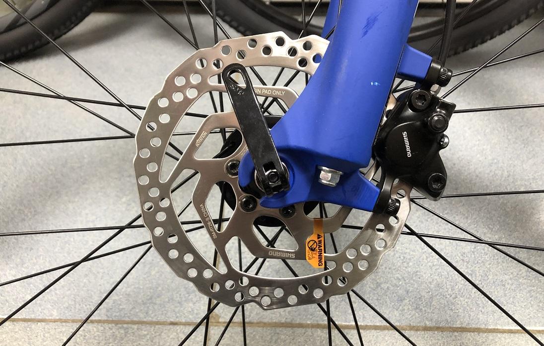 Замена тормозных колодок на велосипеде