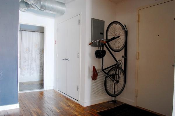 Правильное хранение велосипеда в квартире: выбор места