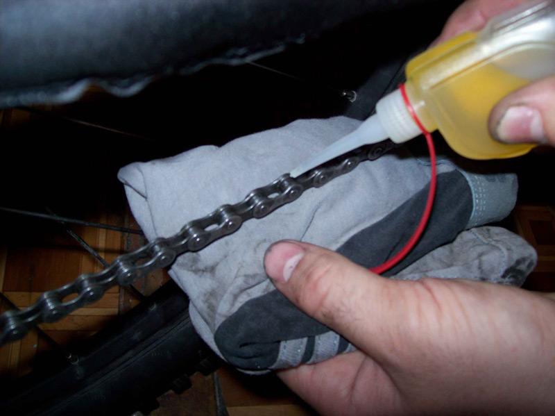 Как и чем смазывать велосипедную цепь - руководство и полезные советы