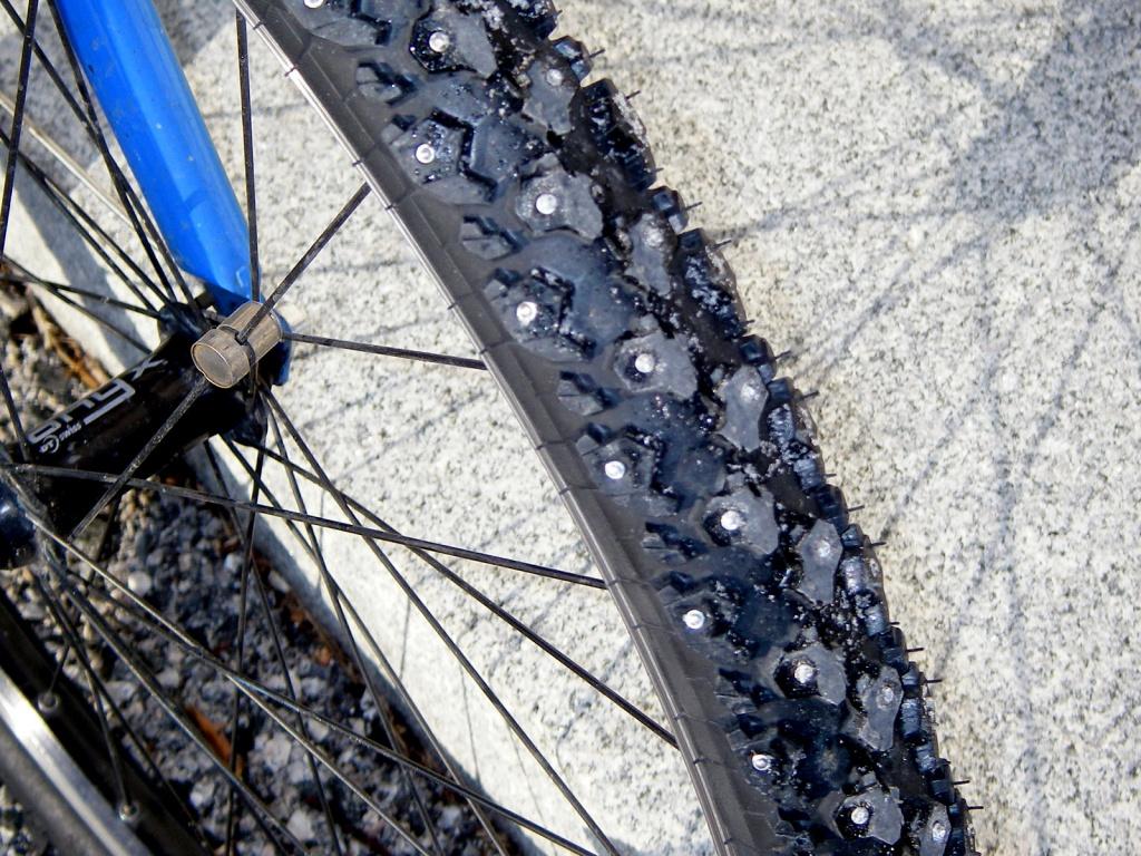Зимние покрышки для велосипеда и их особенности