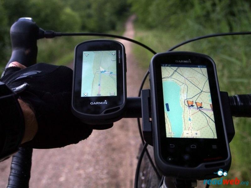 Что лучше смартфон или gps-навигатор?