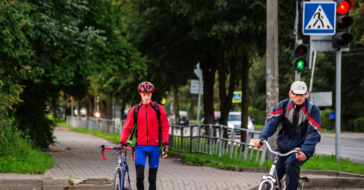 Можно ли ехать по пешеходному переходу на велосипеде? - юридические советы от а до я