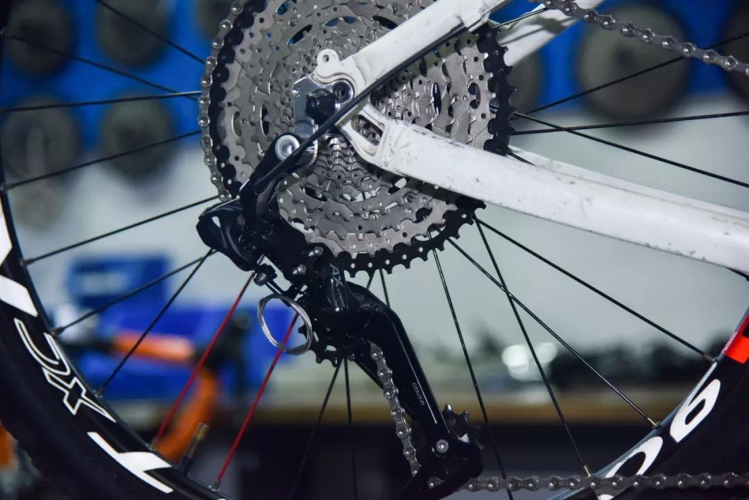 Какая средняя скорость велосипедиста, на горном байке и шоссере   сайт котовского