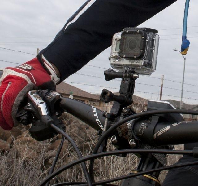 Крепление экшн-камеры на шлем: на горнолыжный, мотошлем или каску, правила установки