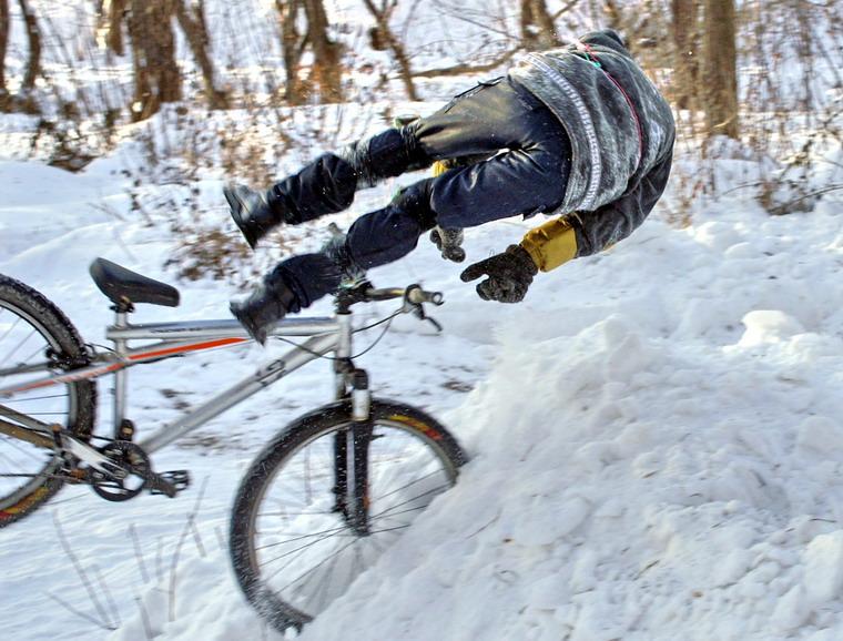 Можно ли ездить на велосипеде зимой