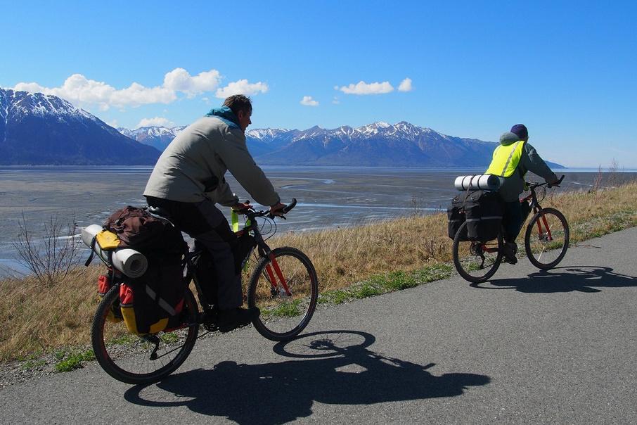 Путешествие на велосипеде – виды и особенности, техника безопасности