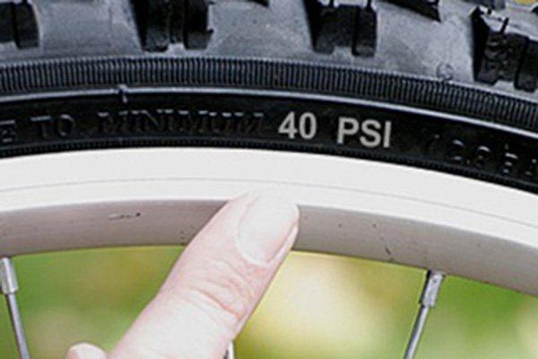 Как и сколько качать колеса на велосипеде?
