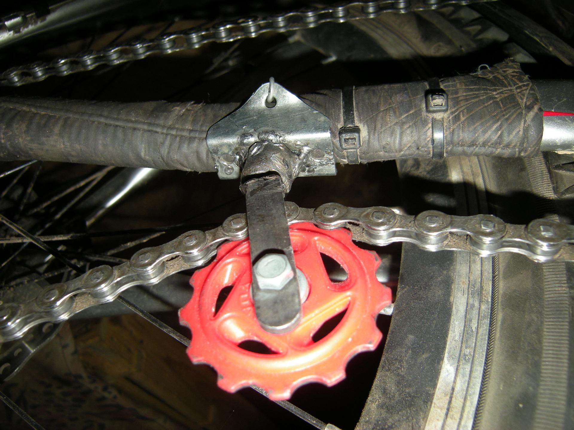 Успокоитель цепи на велосипед