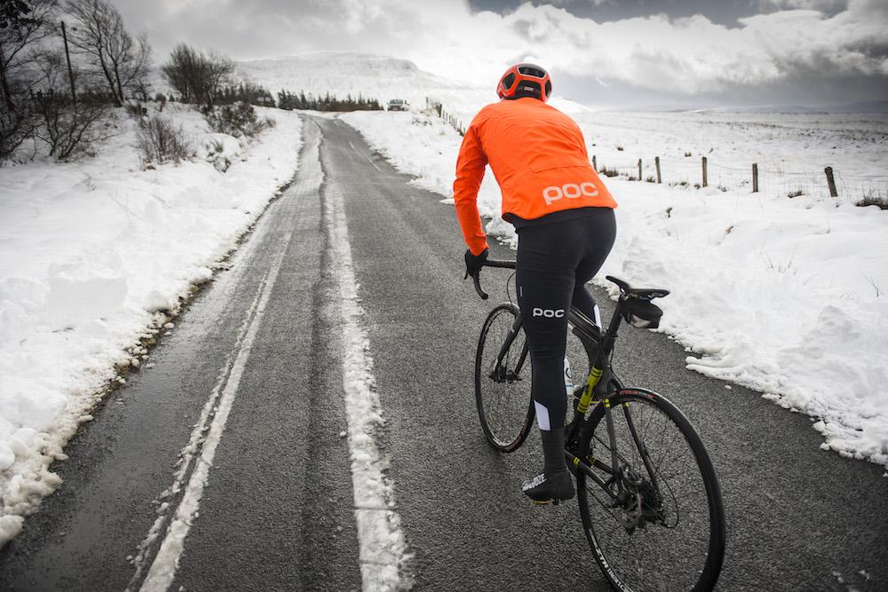 Стоит ли кататься на велосипеде зимой: плюсы и минусы | плюсы и минусы