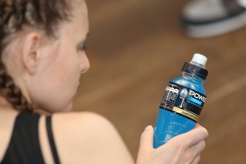Изотоники в спорте: что это и как их пить в период тренировок?