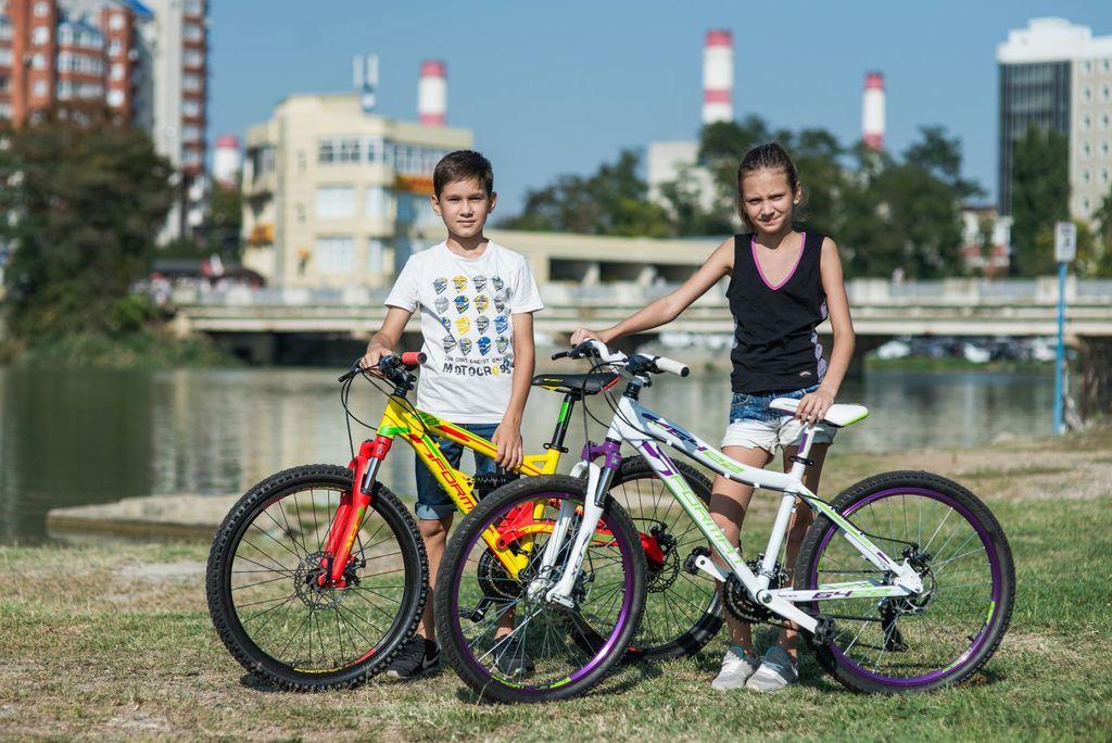 Как выбрать подростковый велосипед для девочки по возрасту и росту