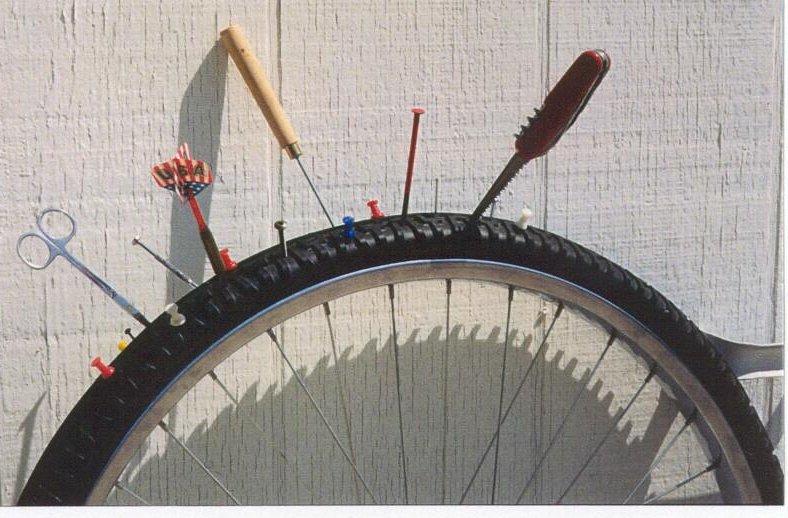 Как заклеить камеру велосипеда?