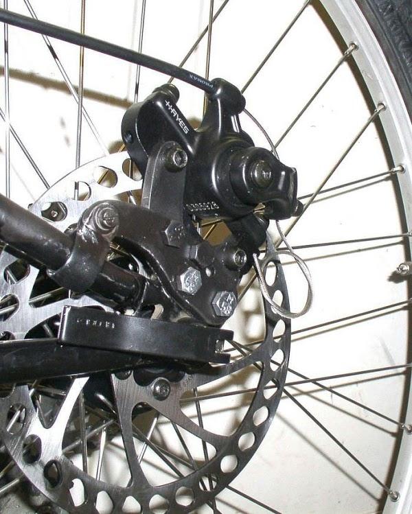 Дисковые тормоза на велосипед (26 фото): механические и гидравлические тормозные диски, устройство велосипедных тормозов на задние колеса