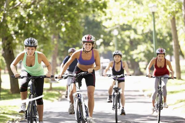 Езда на велосипеде: польза и вред, правила