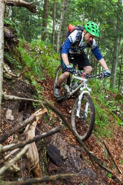 Велосипед кросс-кантри для экстремальных гонок